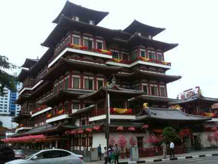 buddha-tooth-relic-temple-and-museum-building
