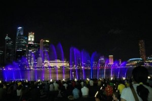marina-bay-sands-wonder-full-light-and-water-display-3