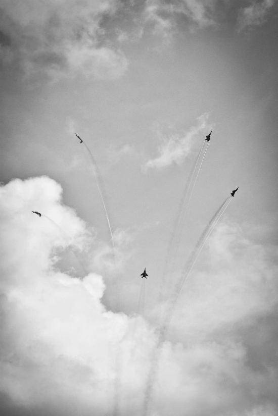 singapore-airshow-aerial-display-nicholastang3