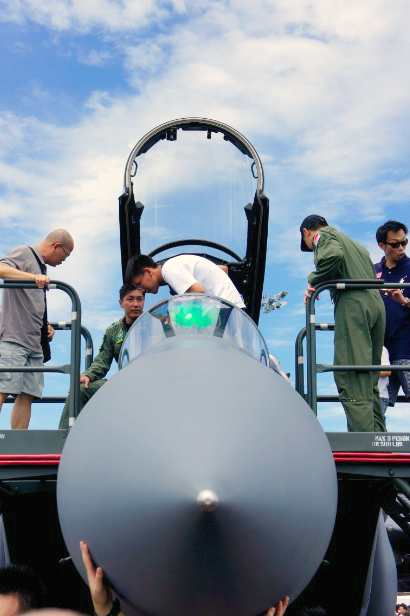 singapore-airshow-f15sg-front