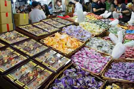 singapore-chinatown-chinese-new-year-candies