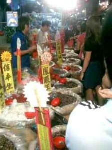 singapore-chinatown-chinese-new-year-melon-seeds-small