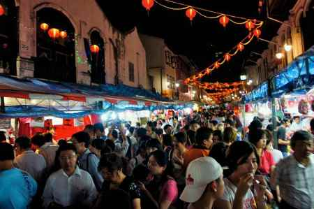 singapore-chinatown-chinese-new-year-shopping-crowd
