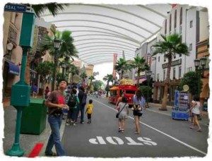 streets-of-hollywood-uss2