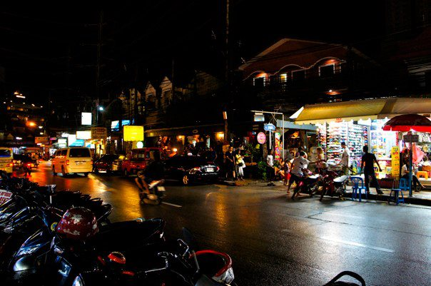 patong-street-stalls-night