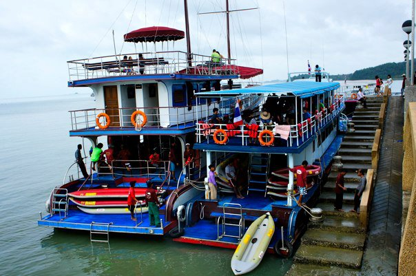 phuket-island-tour-big-boats